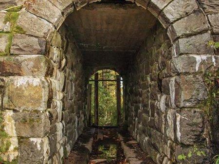Clingmans secret tunnel