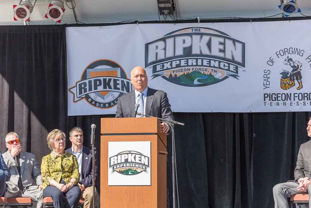 Cal Ripken to headline Pigeon Forge parade - Smoky Mountain