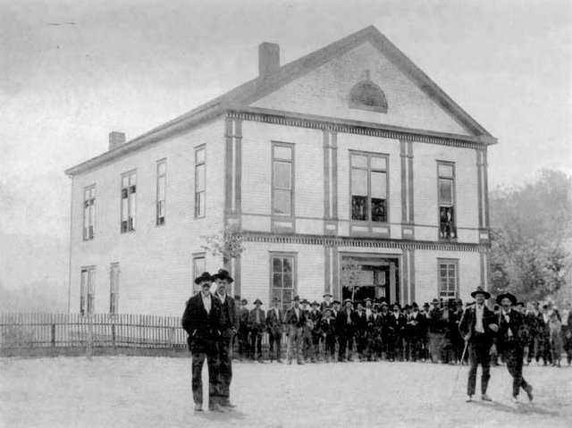 2nd-Courthouse-C-1895.jpg