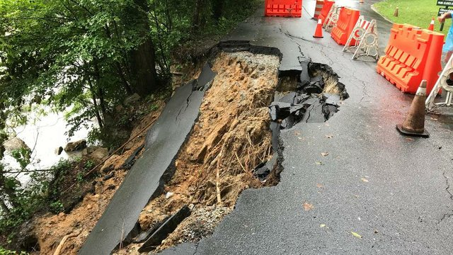 chimney rock landslide.jpg