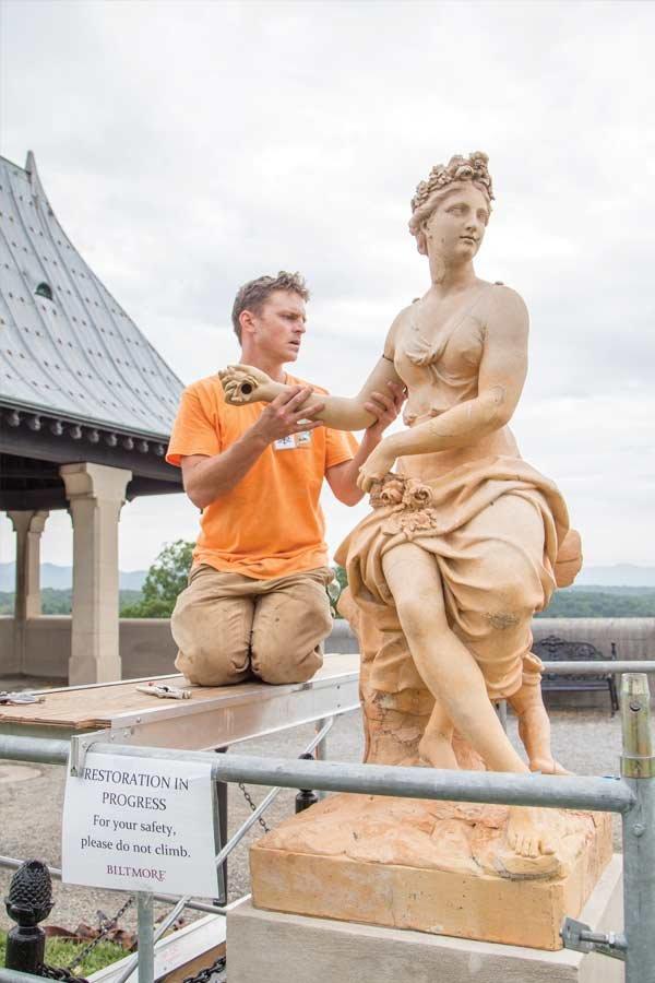 Statue Undergoes Repair