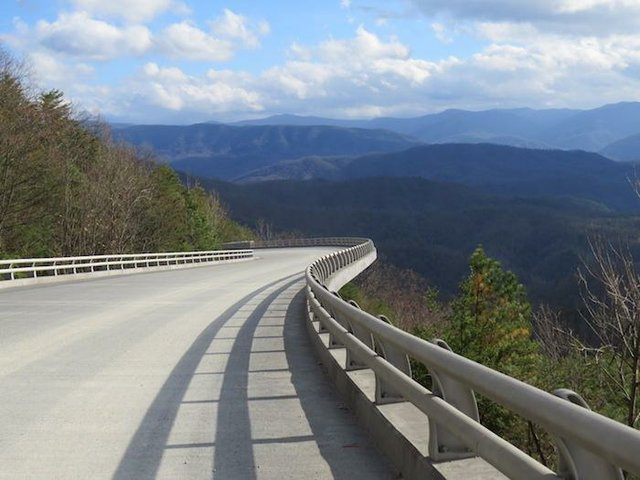 grsm-foothills_parkway_bridge_2_nps_700.jpg