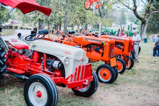 tractor pics.jpeg