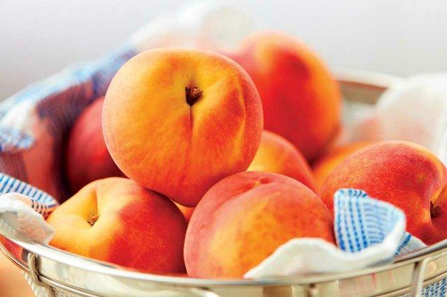 feat_peaches1.jpg